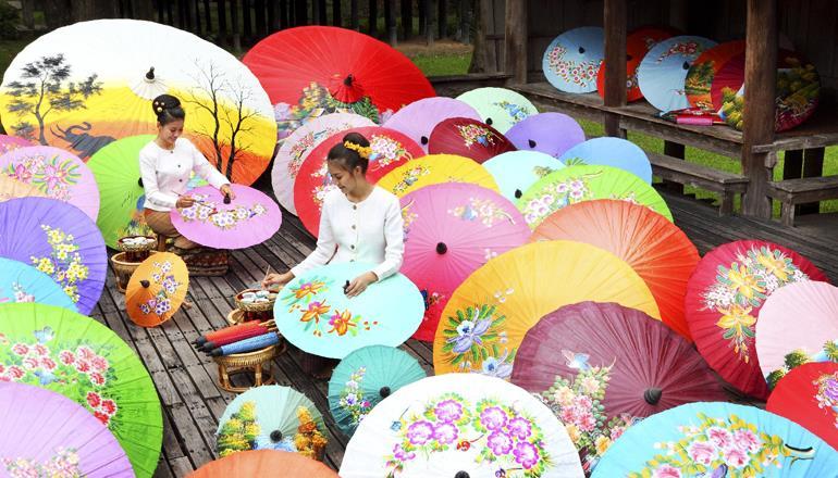Những nghệ nhân đang tạo ra những chiếc Parasols tuyệt đẹp