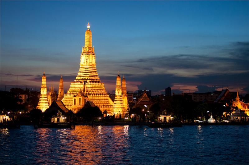 Đền Wat Arun ở Băng Cốc