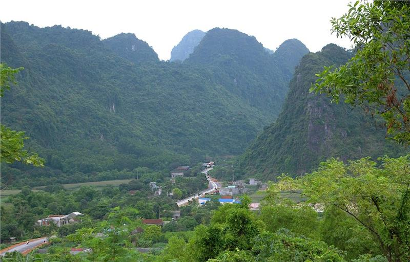 Ba Sao valley