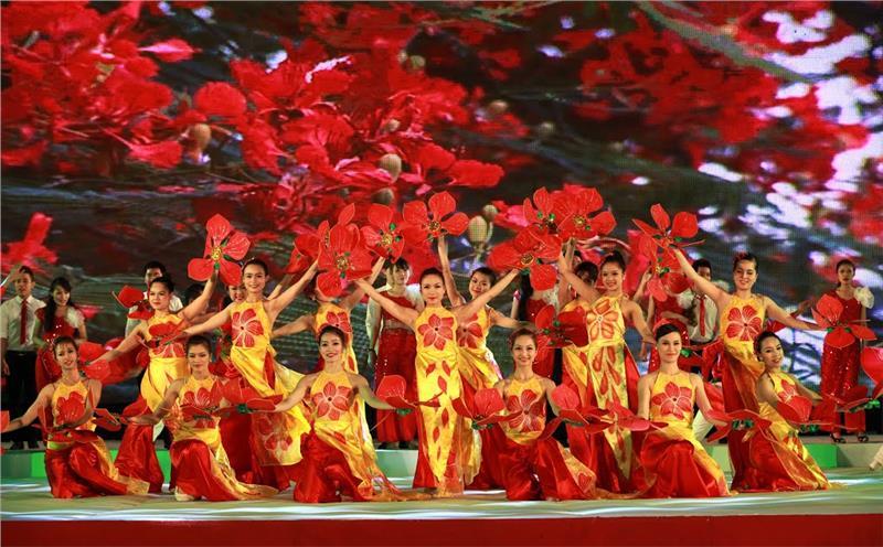 Beautiful actresses in Red Flamboyant Festival