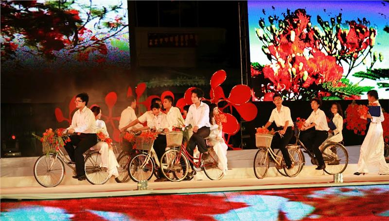 Performance in Red Flamboyant Festival