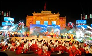 Red Flamboyant Festival 2015 in Haiphong
