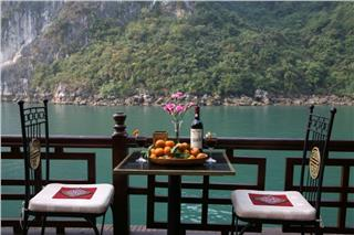 Classic Sail Cruise Halong Bay
