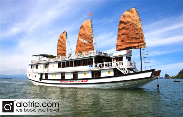 Ha Long Bay on Imperial Junk & Cat Ba island
