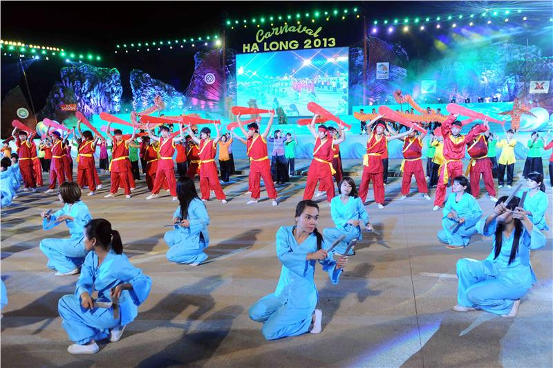 Special Performances in Halong Carnival
