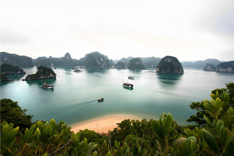A corner of Halong Bay