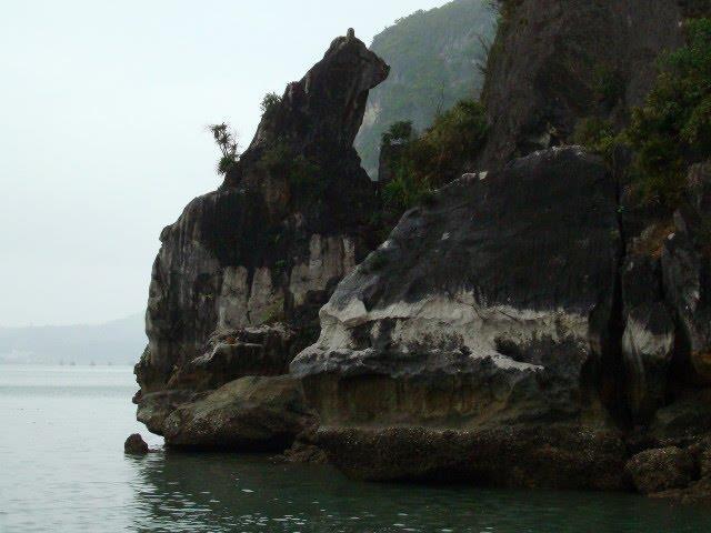Cho Da Islet - Stone Dog Islet