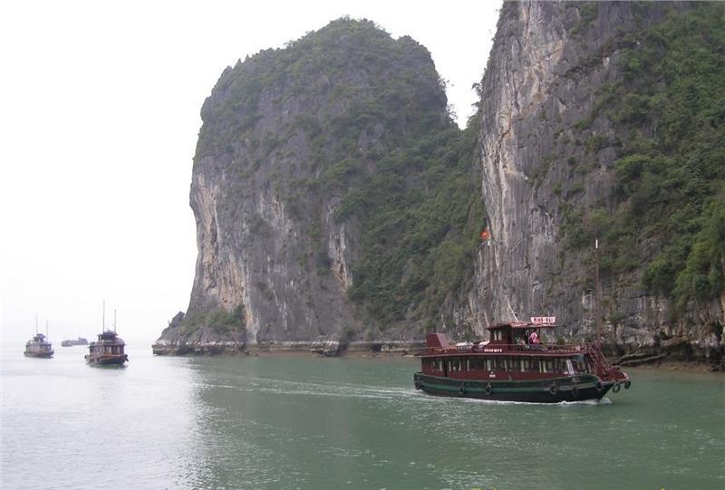 Cho Da Islet among immense Halong Bay