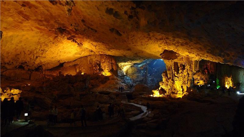 Stunning stalagmites at Sung Sot Cave, Halong Bay