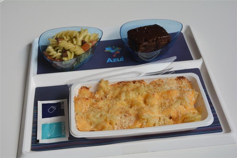 Một suất ăn trên máy bay của hãng Azul Brazilian Airlines