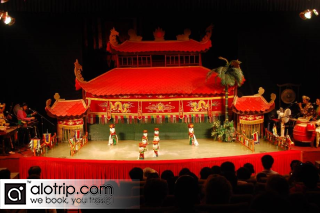 Hanoi Cyclo and Water Puppet Show