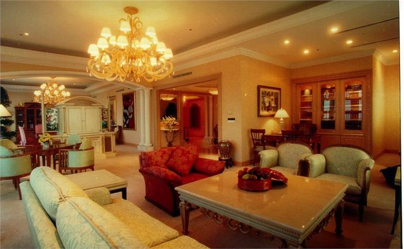 Hanoi Daewoo Hotel - Royalsuite-Livingroom