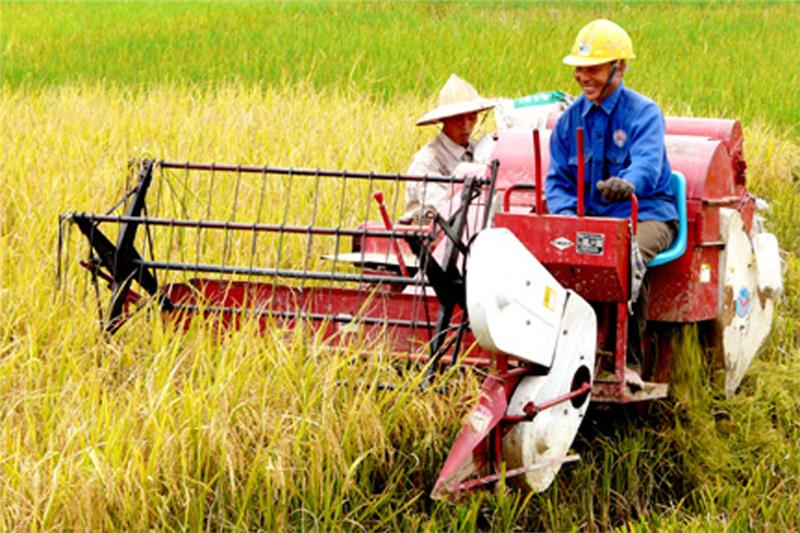 Farmers equipped with technology