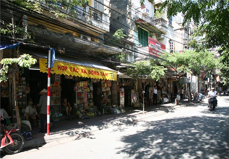 Lan Ong Street - traditional medicine space revived