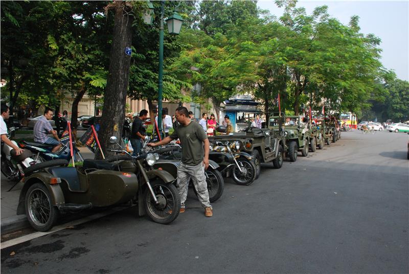 Old motors promote for Hanoi Halloween Festival 2014