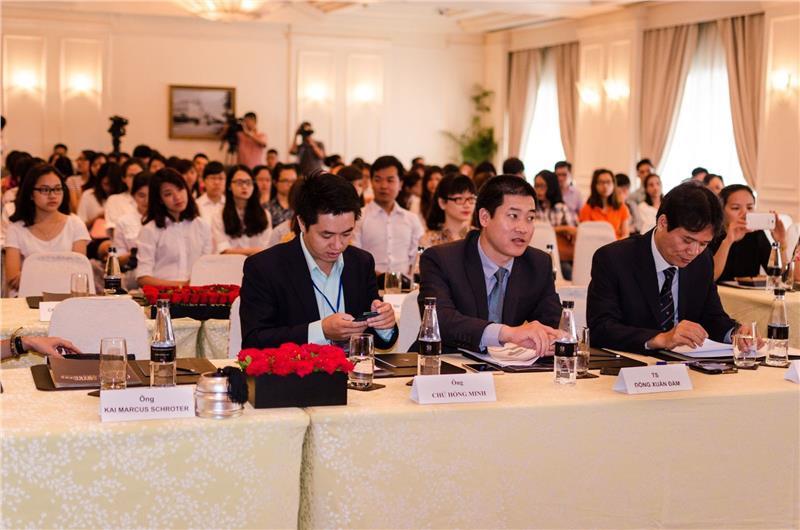 Representatives at the press conference of YHA 2015