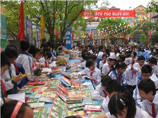 Vietnam Book Day again in Hanoi