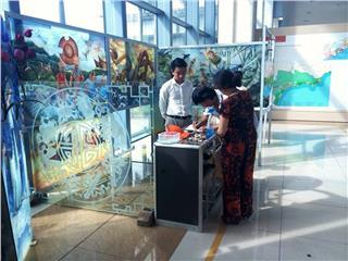 Glass painting in Vietnam