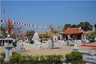 Hanoi celebrate Anniversary of Trung sisters' birthday