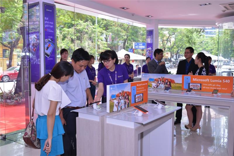 Vietnamese consumers and Microsoft products