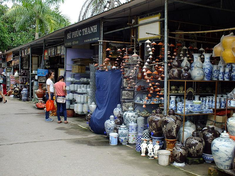 Ceramic products in Bat Trang pottery village