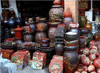 My visit to Bat Trang ceramic village on a beautiful day