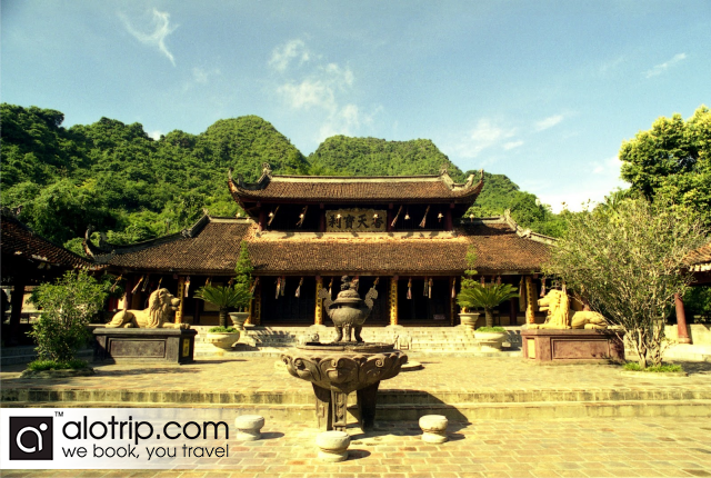 Thien Tru Pagoda (Heaven Kitchen Pagoda)