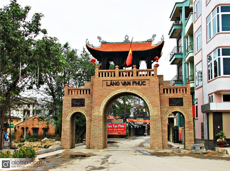 Van Phuc Silk Village received Vietnam Records