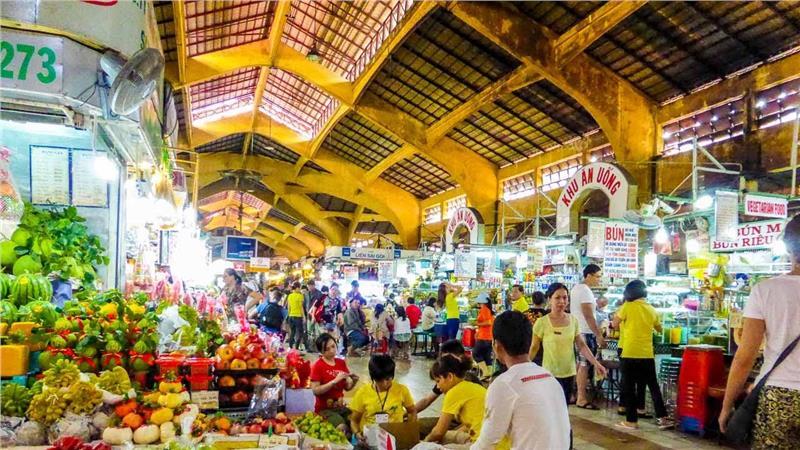 Mua sắm tại chợ Bến Thành
