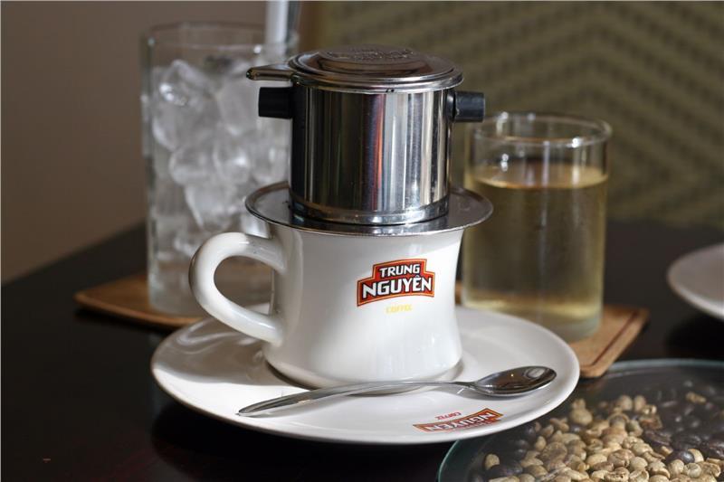Vietnam coffee drinking culture