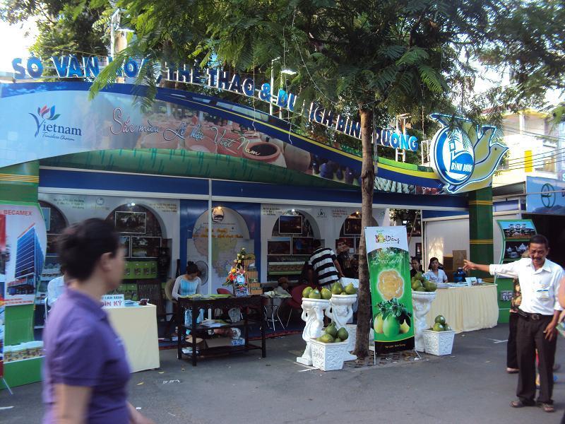 Provinces promotes local tourism in Ho Chi Minh City Tourism Festival