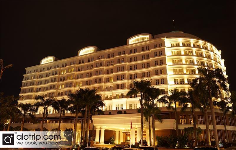 Vietnam hotel in world top