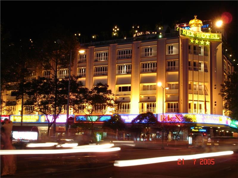 Vietnam hotel to experience delighted holidays in Rex Hotel