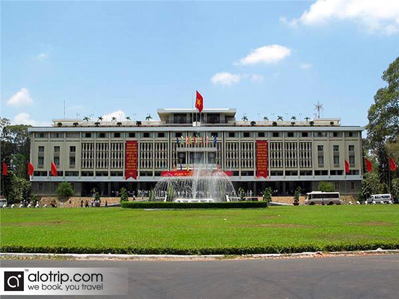 Indipendent Palace panorama