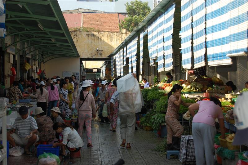 Inside Ben Thanh Market
