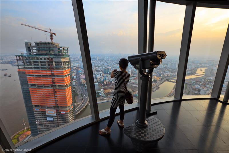 Saigon Skydeck - On the top floor