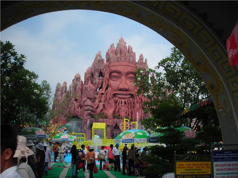 Ho Chi Minh Tourism Day 2015 honors world heritages in Vietnam