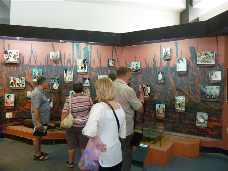 Tourists to War Remnants Museum