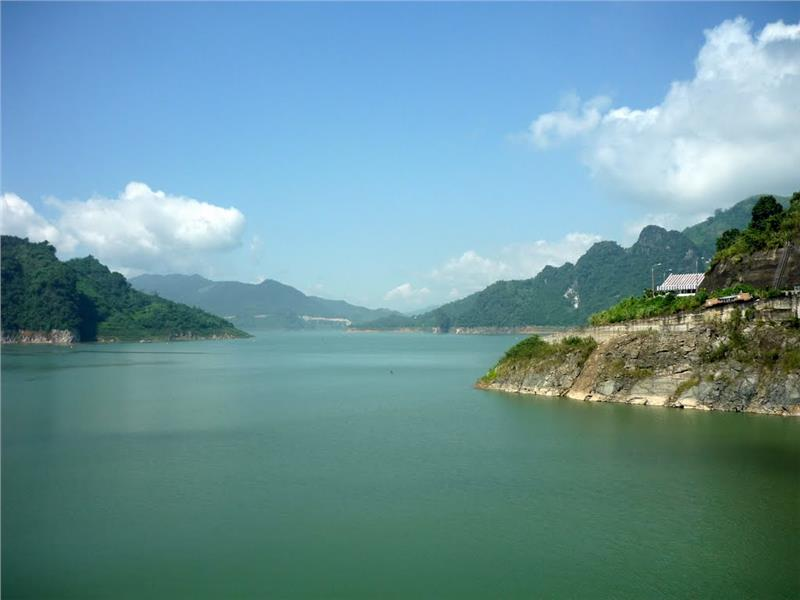 Hoa Binh Lake in Hoa Binh