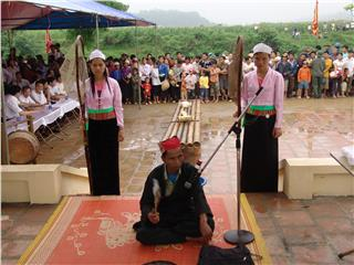 Experience the lifestyle of Muong people in Hoa Binh