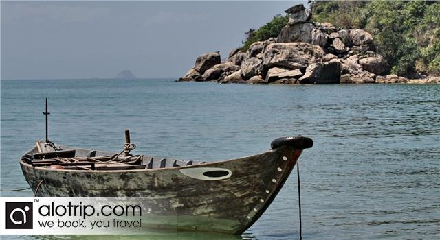 a corner of Bai Chong Beach