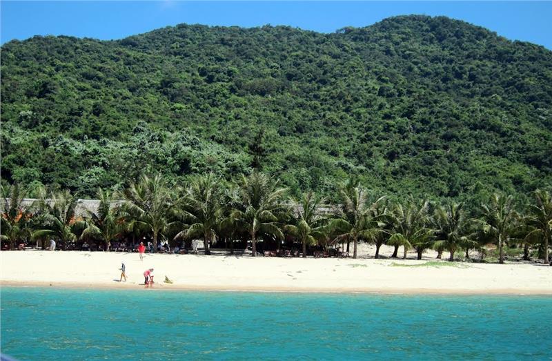 Ong Beach in Cu Lao Cham