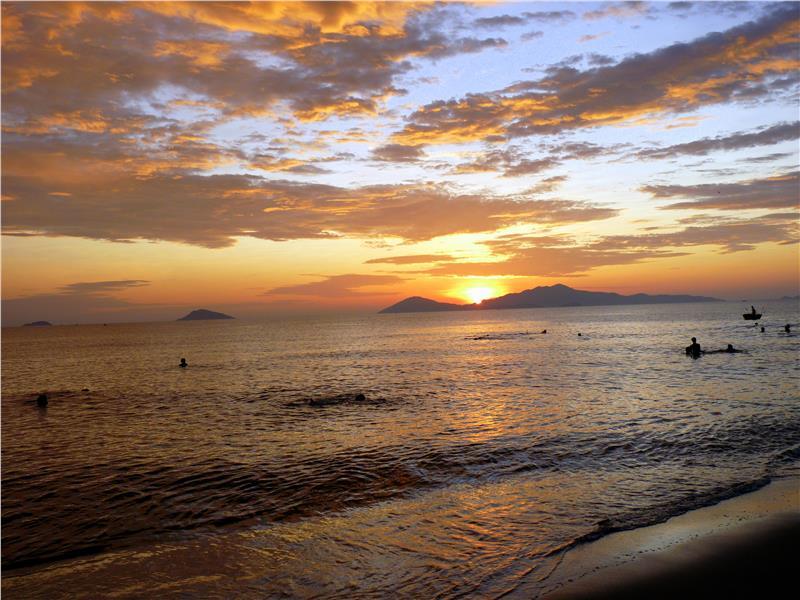 Cua Dai beach at dawn