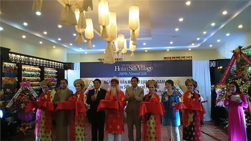 First Vietnam ASEAN Silk Festival held in Hoi An