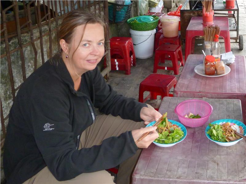Tasting delicious Cao Lau - Hoi An