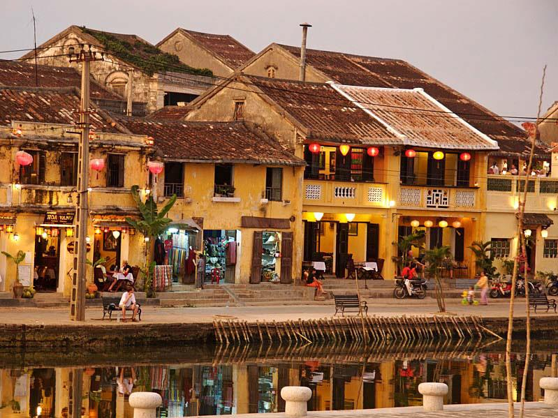 Hoi An Fairy Tale Atmosphere