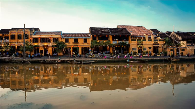 Hoi An old town romance