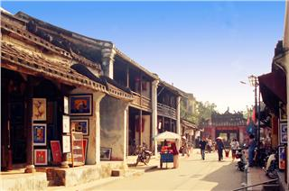Big summer promotions on Hoi An travel