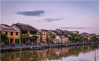 Romance in Hoi An Ancient Town