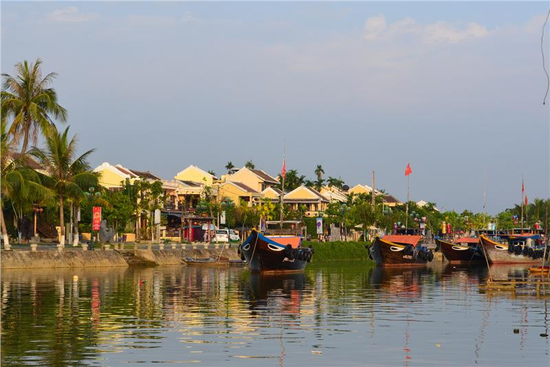 Vietnam travel to discover the most beautiful Hoi An beaches